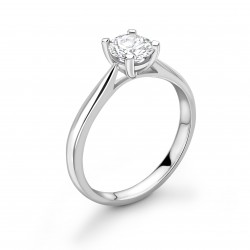 4 claw plain shoulders solitaire ring