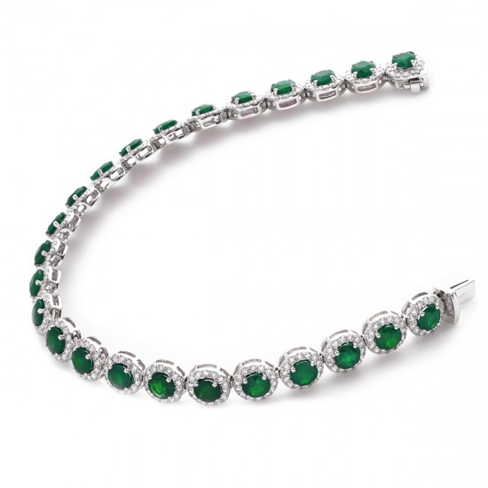14.50ct 18ct White Gold Emerald Bracelet